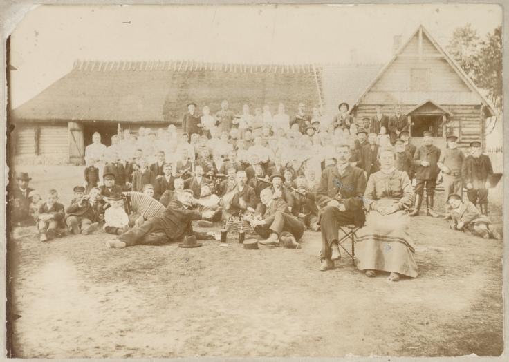 Pulmad Alatskivil Päälsekivi külas 1907 (ERM Fk 317:1); Eesti Rahva Muuseum