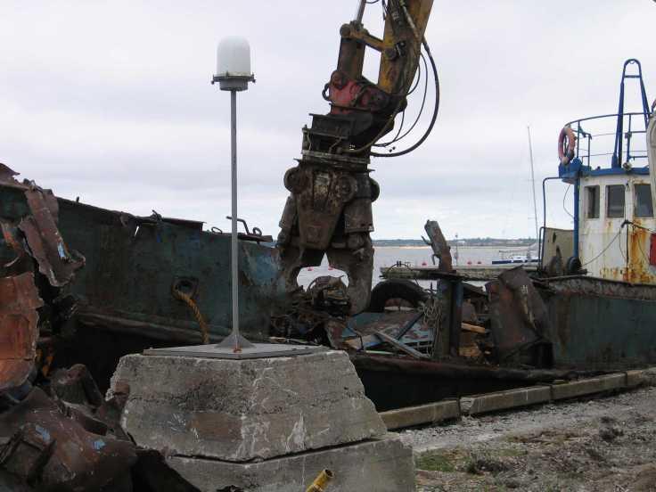 Vana kalalaeva utiliseerimine. Foto: PRIA.