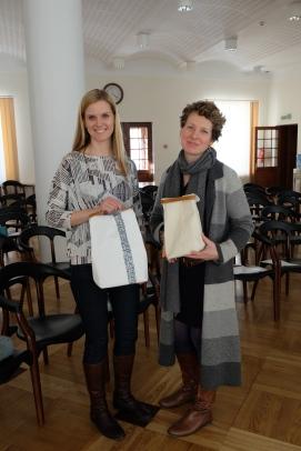 Võidutöö autorid Ellen Rannamets ja Liina Kurvits